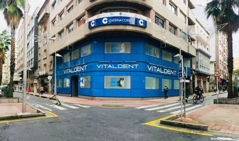 Dentista En Pontevedra Calle Joaquin Costa 1 Vitaldent